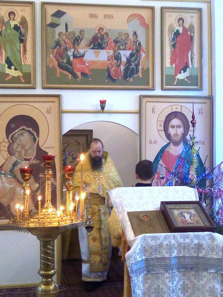 Богослужение на святочной неделе в Богородицерождественском храме села Богородское
